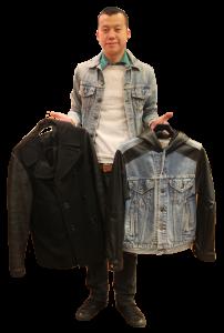 Jacky 形容,美國工廠會先把衣物分類再送到本港,而員工每天亦會將一部分的衣物乾洗,確保衣服沒有破損後以蒸氣機燙後,便放到店鋪出售。