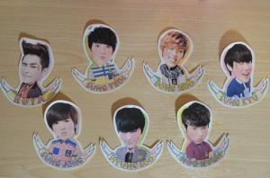 自製韓星貼紙。