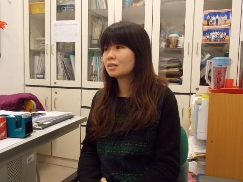 社工王嘉欣認為情緒教育獨立成科可作預防教育。