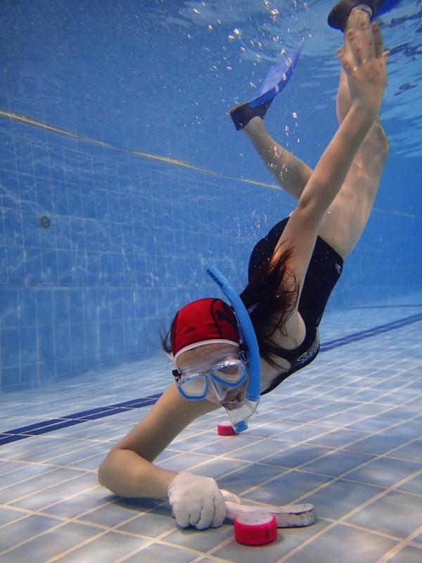 水曲場上不乏女運動員。(黃靖羲攝)